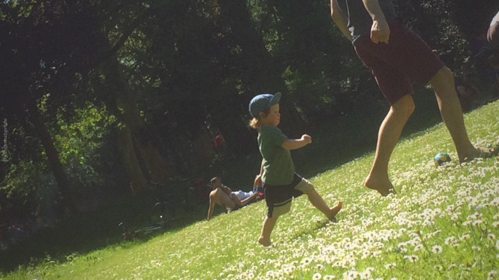 Die Liebe zum großen Kind ©kinderhaben.de